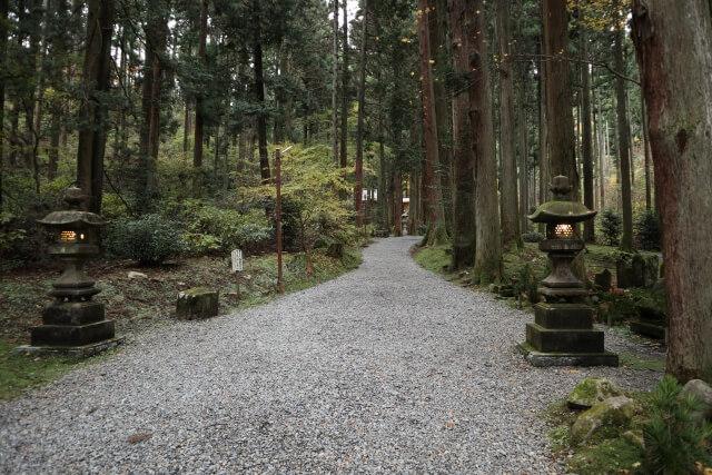 御岩神社 ご利益 参道 神秘的な場所 日立市