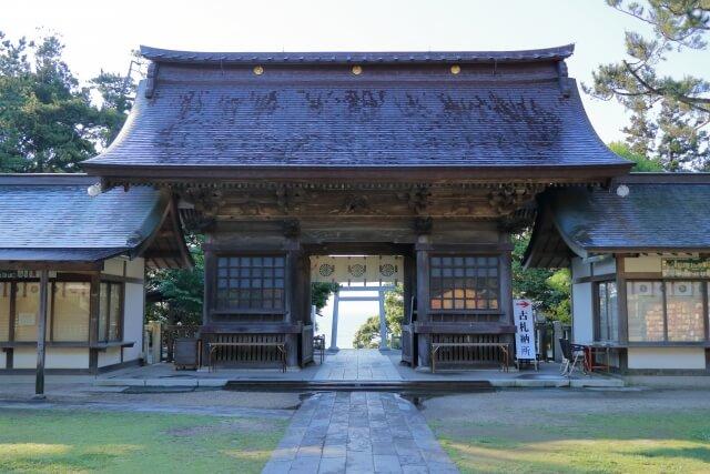 大洗磯前神社 随神門の内側の写真