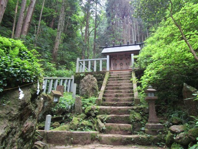 御岩神社 登山 奥宮 かびれ神社
