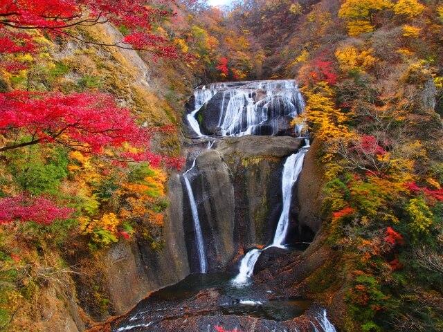 袋田の滝 紅葉 第2観瀑台