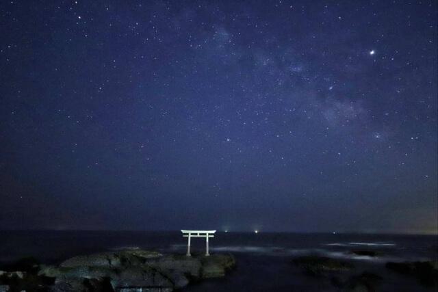 大洗海水浴場 夜 神磯の鳥居