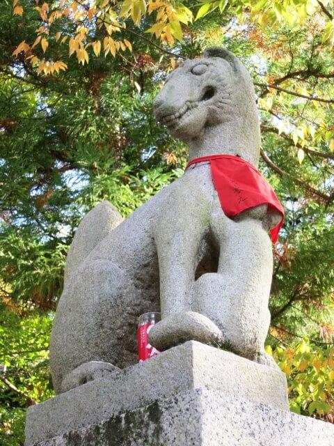 笠間稲荷神社 境内 キツネ 狐