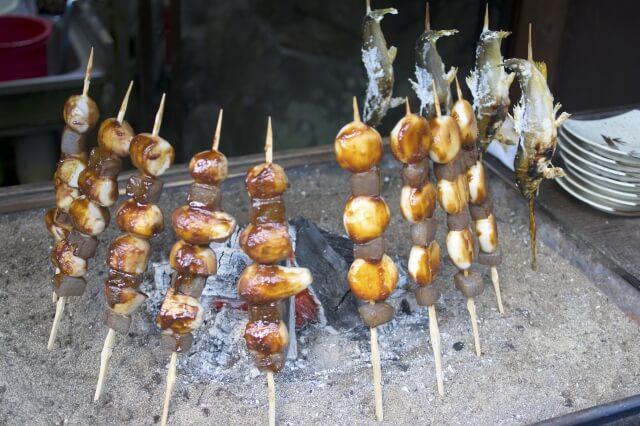 袋田の滝 お土産 食事 こんにゃく 鮎の塩焼き