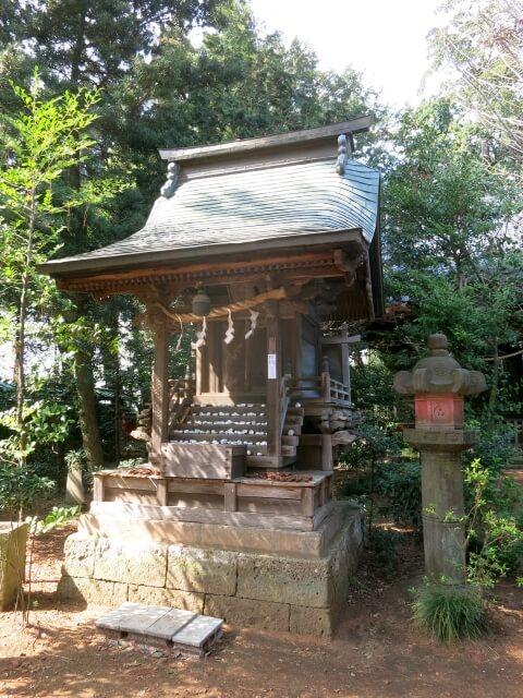 大宝八幡宮 宝くじ 境内 黒鳥神社
