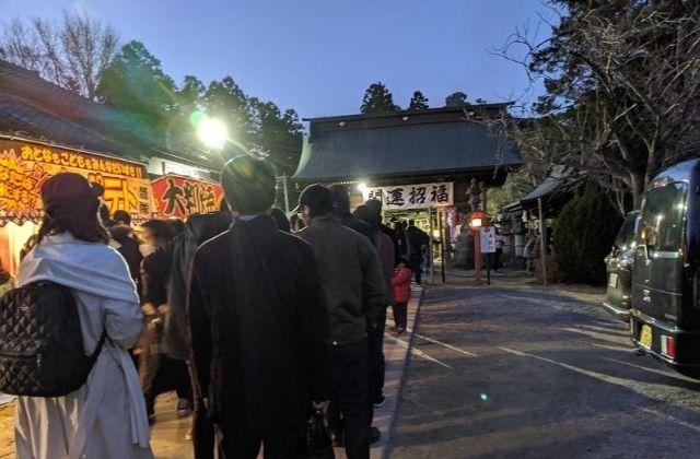 吉田神社 水戸市 初詣 行列 屋台