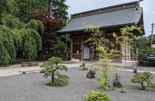 吉田神社 随神門と庭園 水戸市